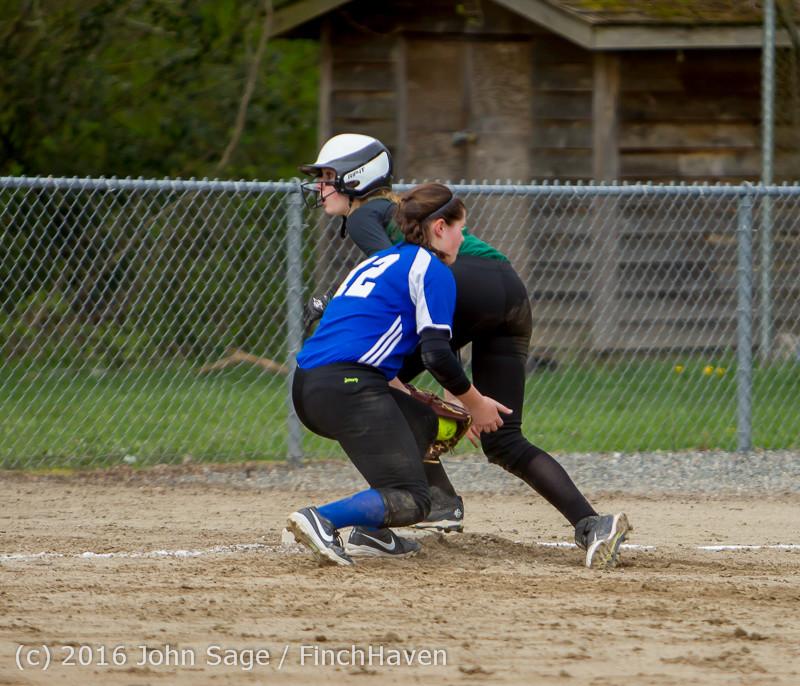 5926 Softball v Belle-Chr 032616