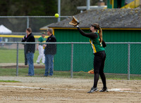 6068 Softball v Belle-Chr 032616