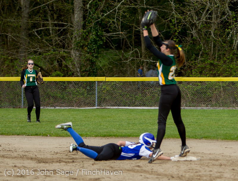 6246 Softball v Belle-Chr 032616
