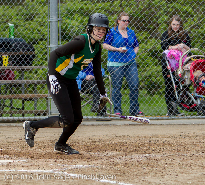 6374 Softball v Belle-Chr 032616