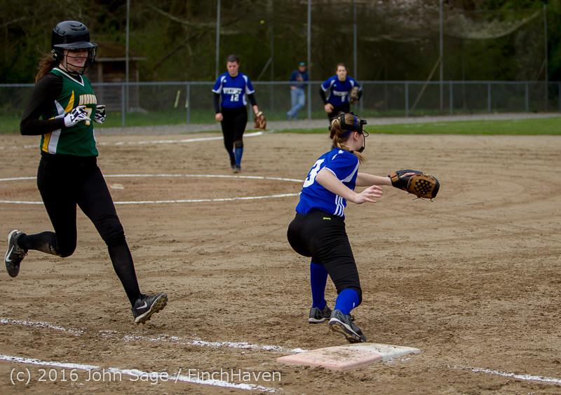 6384 Softball v Belle-Chr 032616