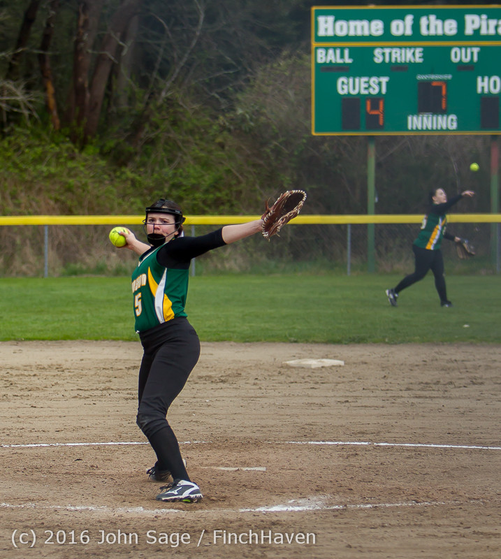 6394 Softball v Belle-Chr 032616