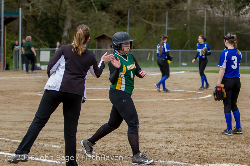 6742 Softball v Belle-Chr 032616
