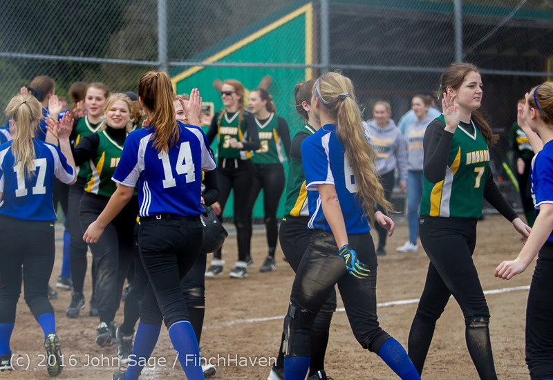 6859 Softball v Belle-Chr 032616
