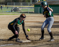 3944 Softball v Darrington 031815