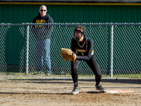 4231 Softball v Darrington 031815