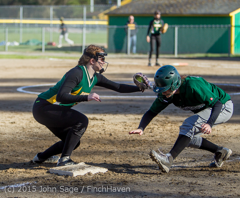 4289 Softball v Darrington 031815