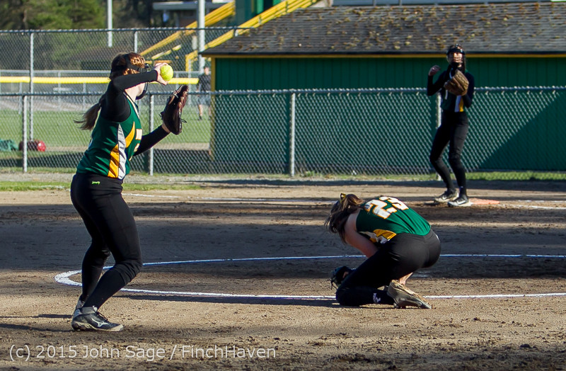 4681_Softball_v_Darrington_031815