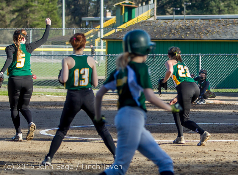 4687_Softball_v_Darrington_031815