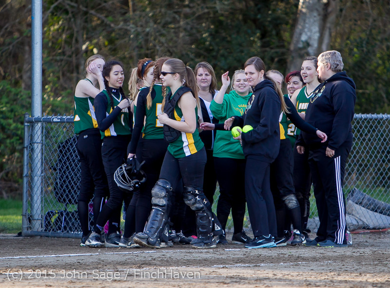 5142_Softball_v_Darrington_031815