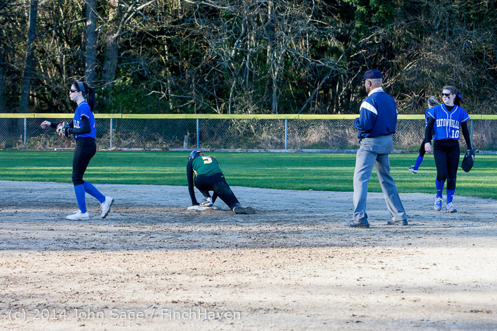5807 Softball v Eatonville 032114