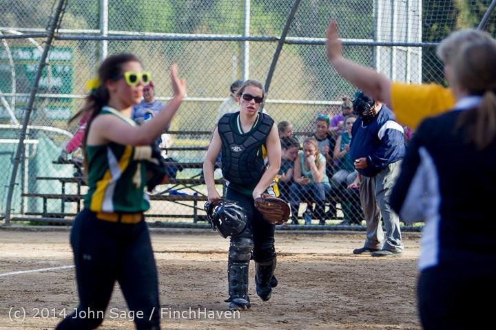 1356 Softball v University-Prep 042914