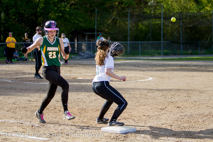 1585 Softball v University-Prep 042914