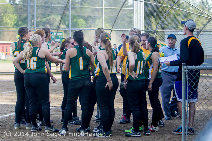 1741 Softball v University-Prep 042914