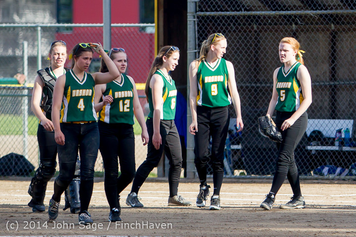 1759 Softball v University-Prep 042914
