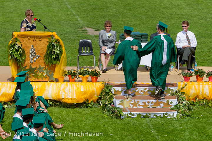 2255 Vashon Island High School Graduation 2013 061513
