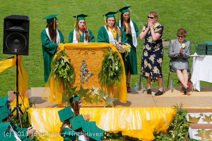 2820_Vashon_Island_High_School_Graduation_2013_061513