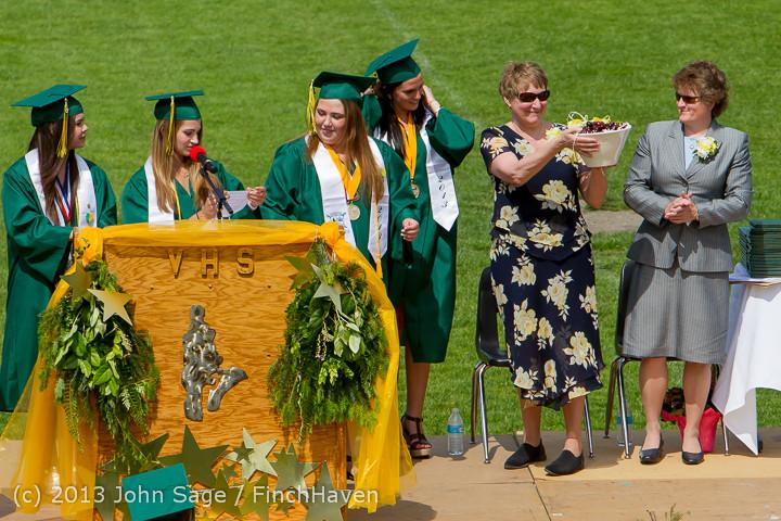 2825 Vashon Island High School Graduation 2013 061513