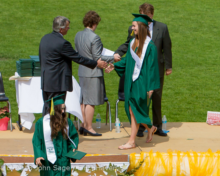 2910_Vashon_Island_High_School_Graduation_2013_061513