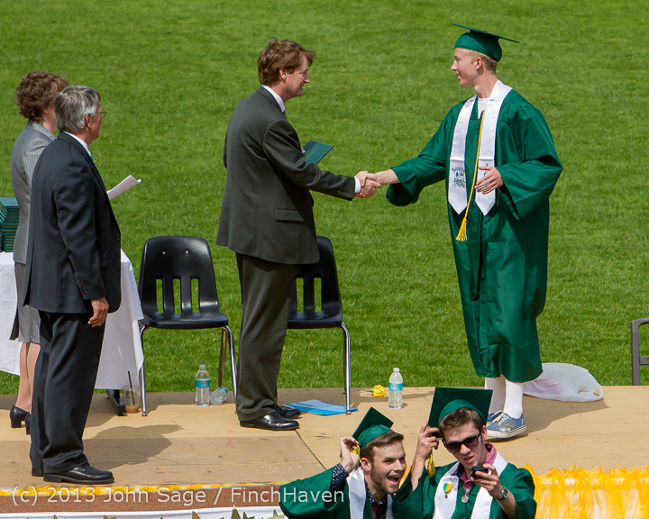 3298 Vashon Island High School Graduation 2013 061513