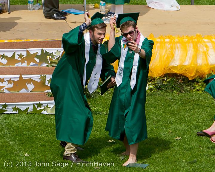3299 Vashon Island High School Graduation 2013 061513