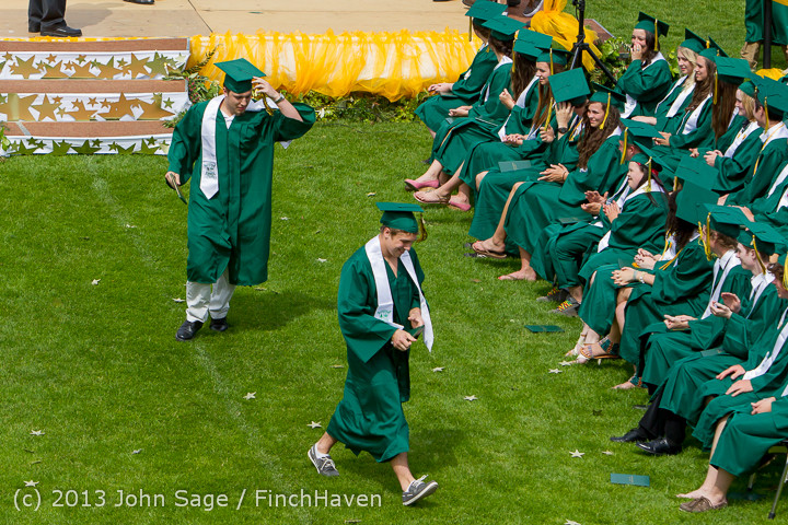 3435 Vashon Island High School Graduation 2013 061513