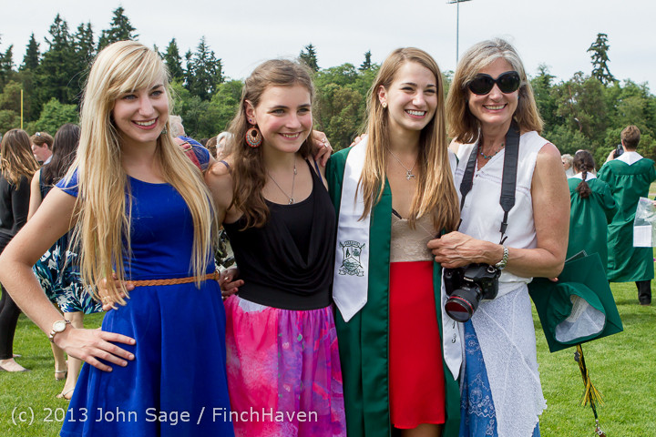 3774_Vashon_Island_High_School_Graduation_2013_061513