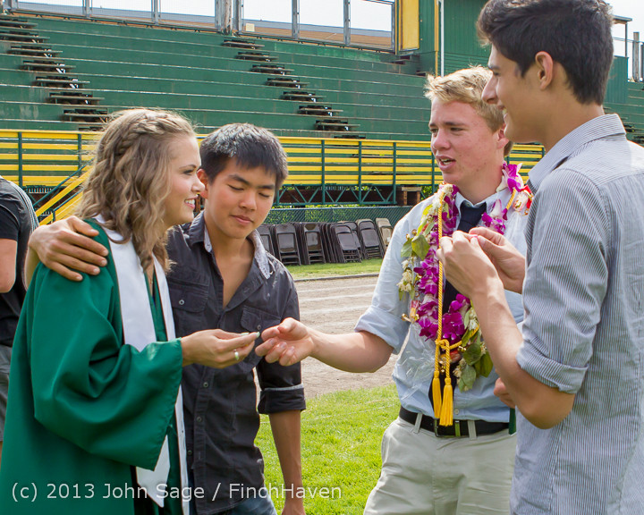 3891_Vashon_Island_High_School_Graduation_2013_061513