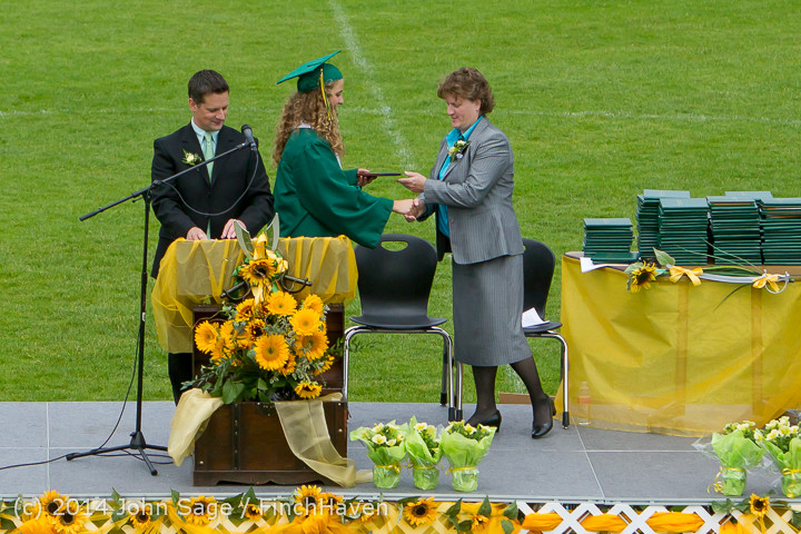 3503_Vashon_Island_High_School_Graduation_2014_061414