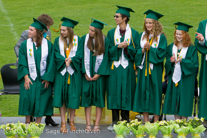 3664-a_Vashon_Island_High_School_Graduation_2014_061414