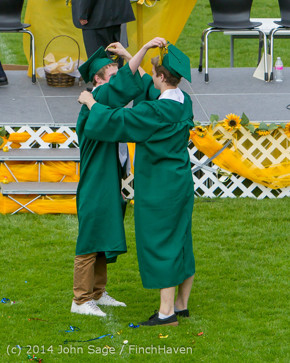 4587 Vashon Island High School Graduation 2014 061414