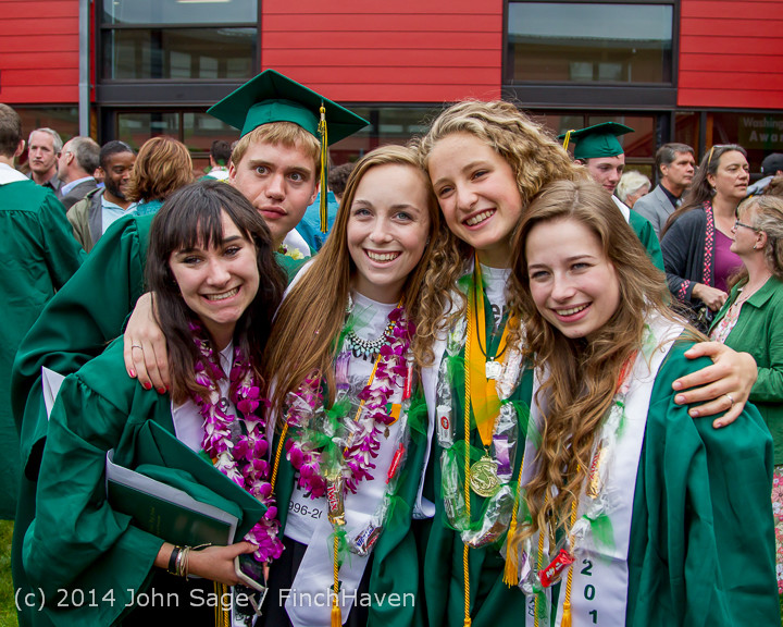 5417_Vashon_Island_High_School_Graduation_2014_061414