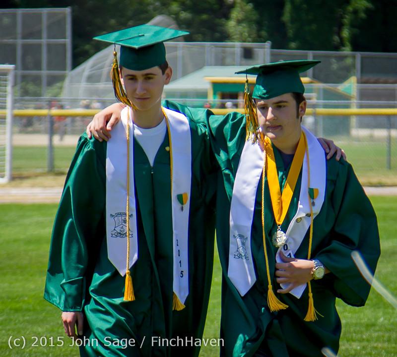 6391-a Vashon Island High School Graduation 2015 061315