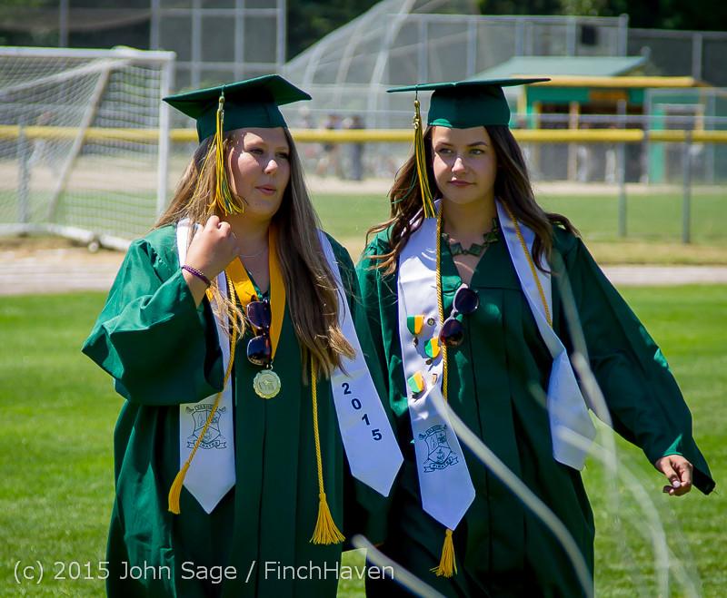 6406-a Vashon Island High School Graduation 2015 061315