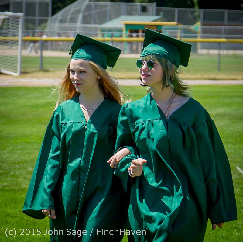6533-a Vashon Island High School Graduation 2015 061315
