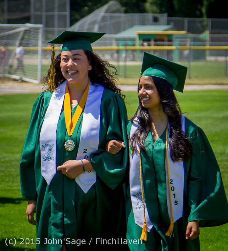 6543-a Vashon Island High School Graduation 2015 061315