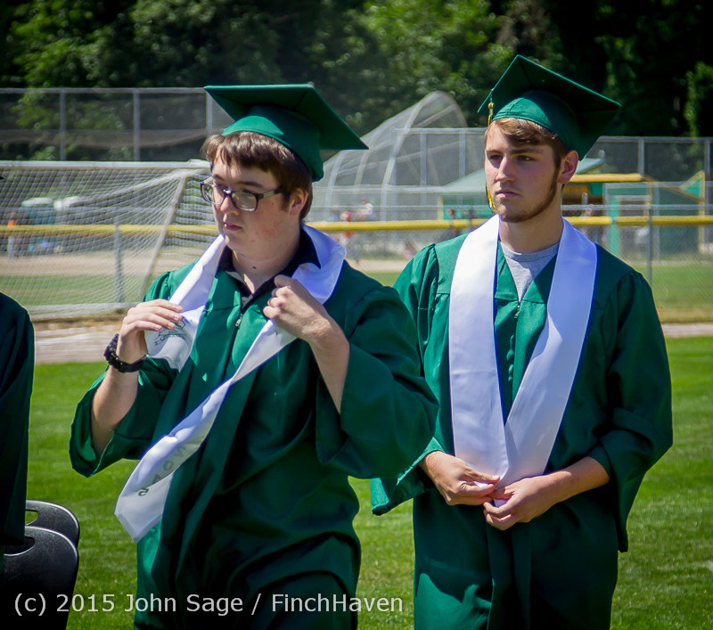 6551-a Vashon Island High School Graduation 2015 061315