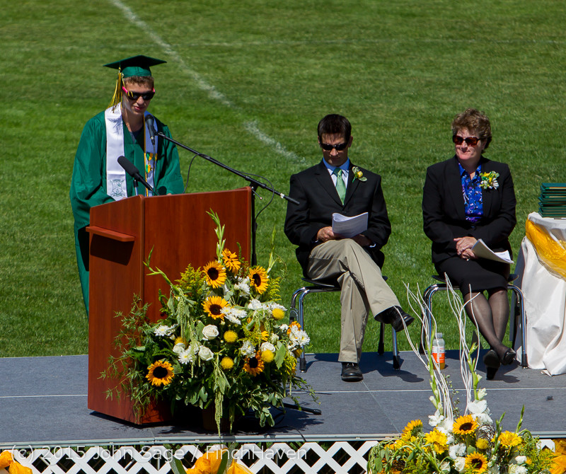 6864_Vashon_Island_High_School_Graduation_2015_061315