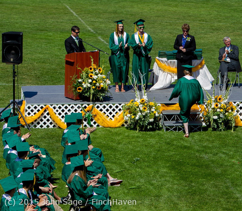6896 Vashon Island High School Graduation 2015 061315