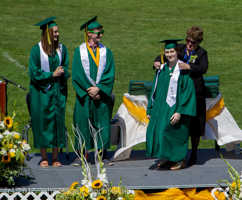 6898 Vashon Island High School Graduation 2015 061315