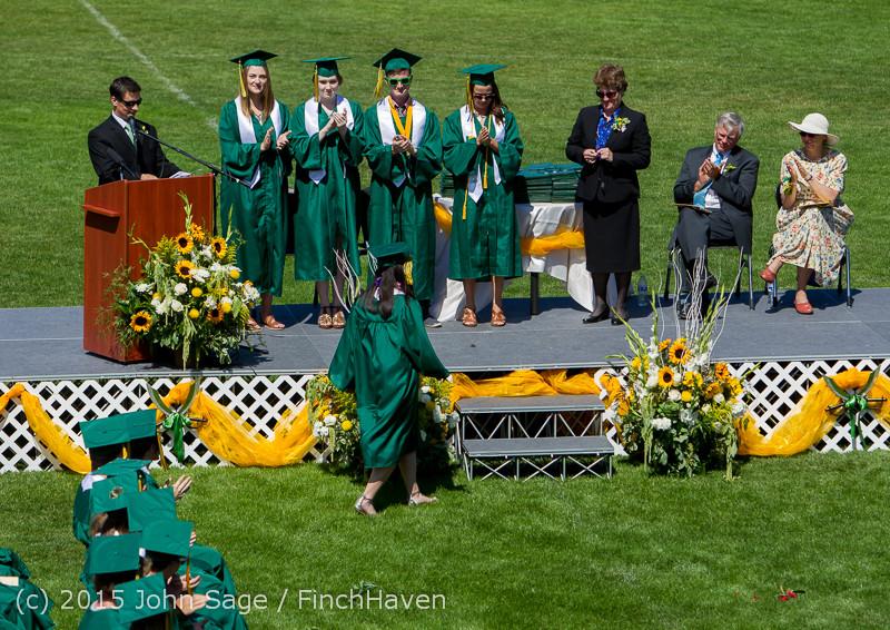 6909 Vashon Island High School Graduation 2015 061315