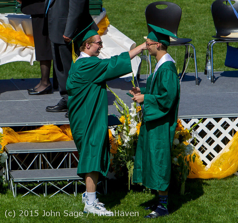 7268 Vashon Island High School Graduation 2015 061315