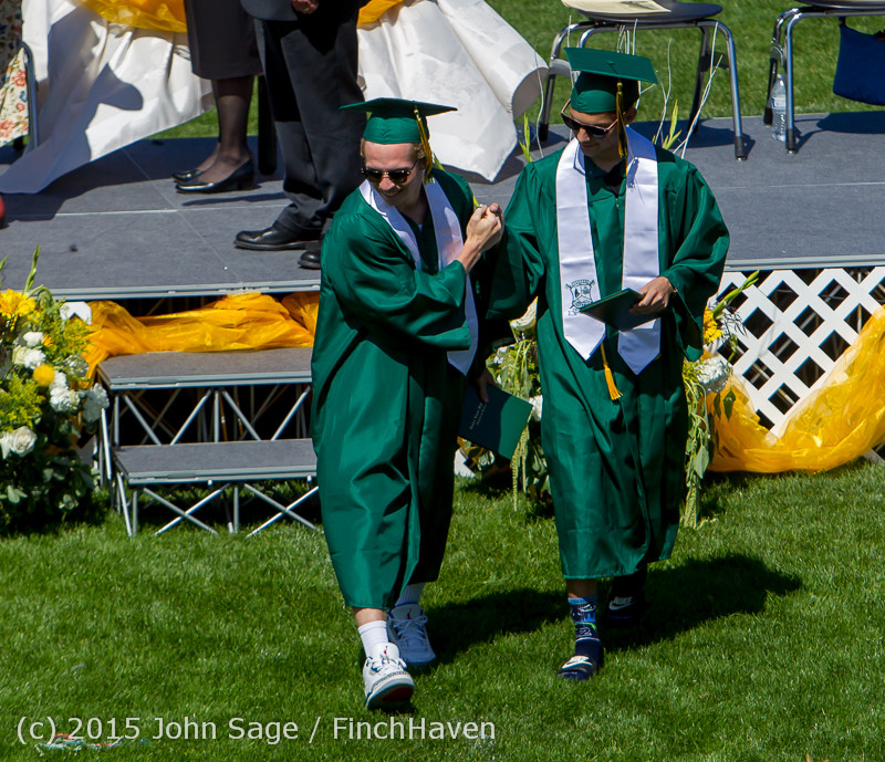 7274 Vashon Island High School Graduation 2015 061315