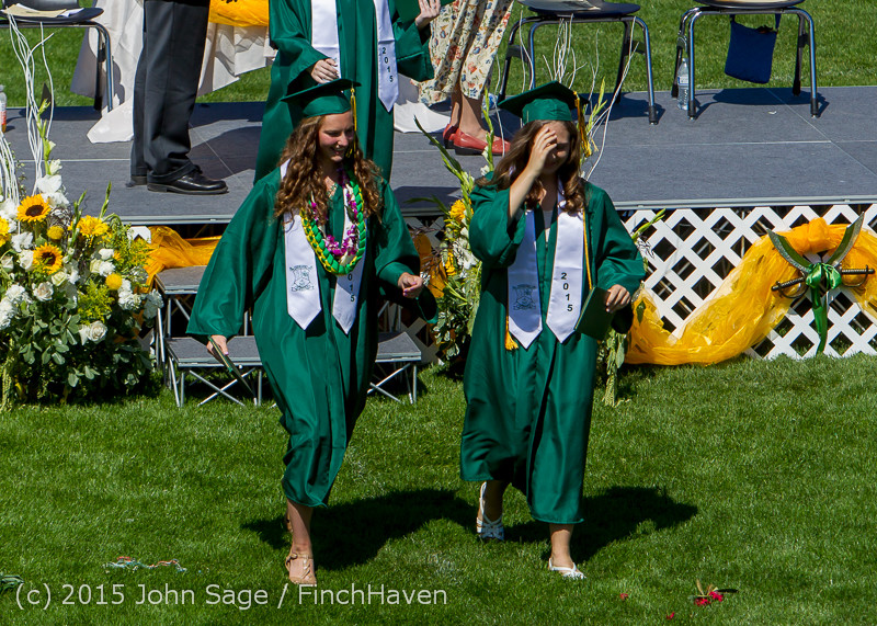 7341_Vashon_Island_High_School_Graduation_2015_061315