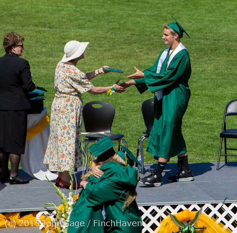 7365 Vashon Island High School Graduation 2015 061315