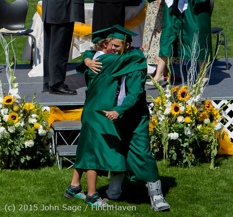 7397_Vashon_Island_High_School_Graduation_2015_061315