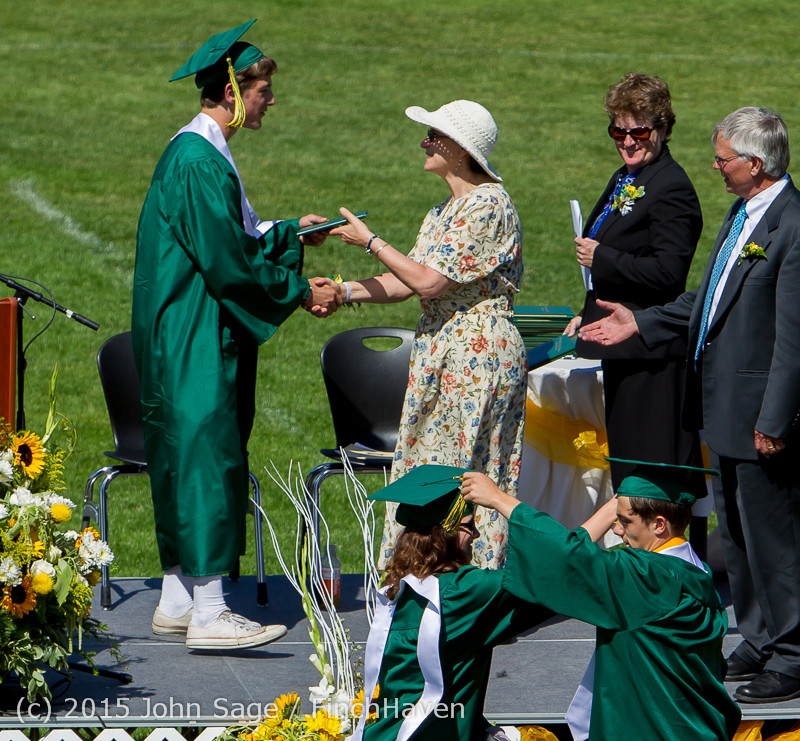 7481 Vashon Island High School Graduation 2015 061315