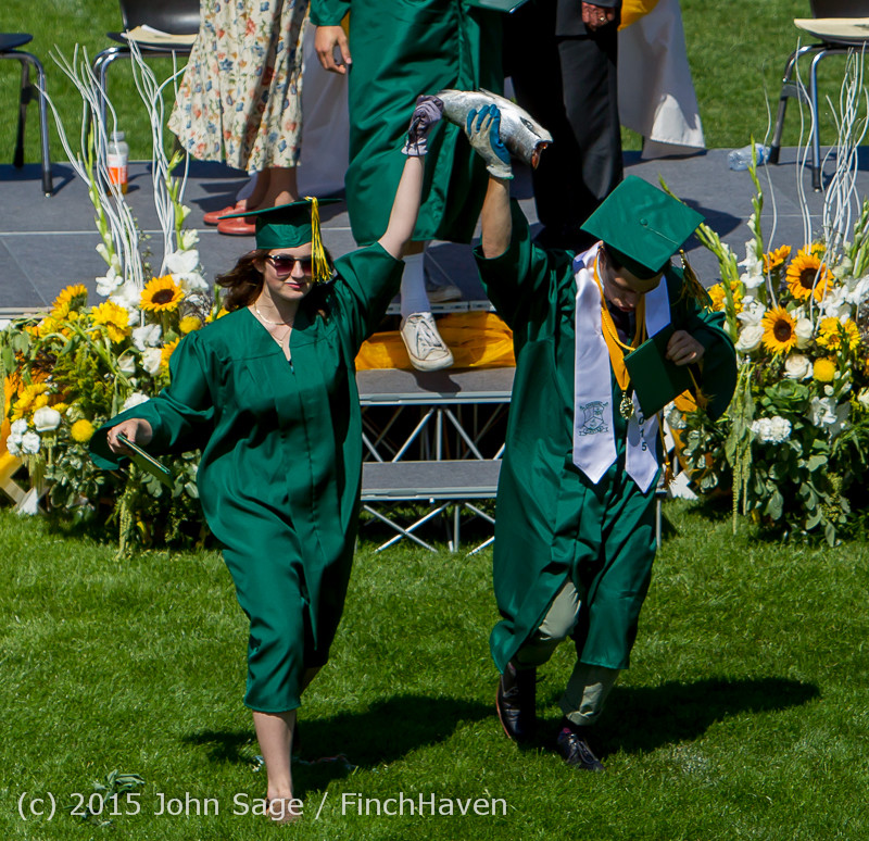7487_Vashon_Island_High_School_Graduation_2015_061315