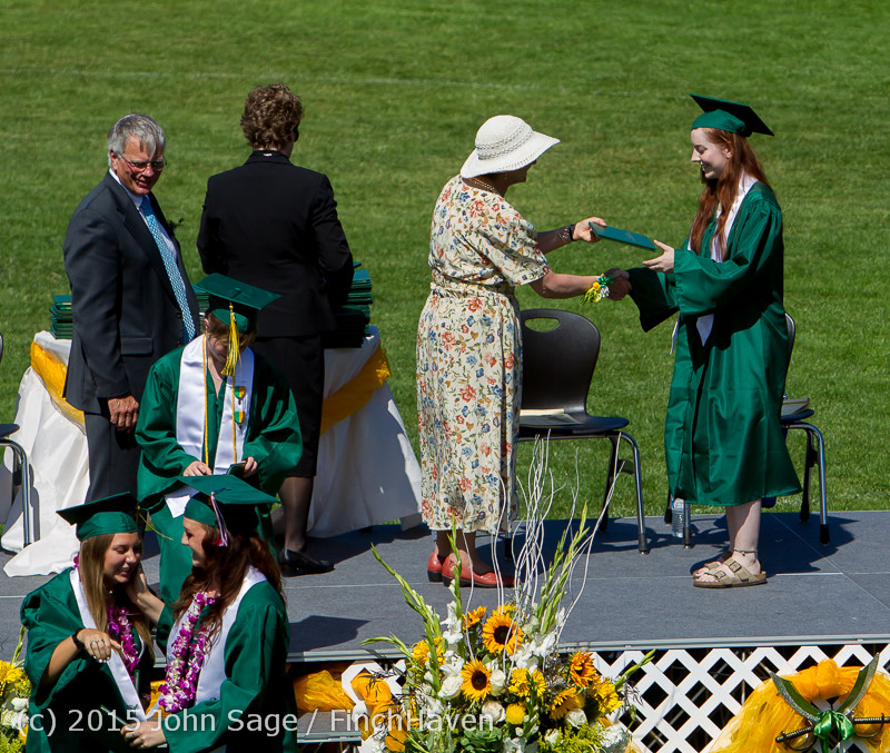 7607 Vashon Island High School Graduation 2015 061315