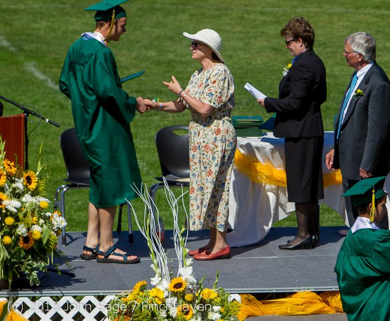 7696 Vashon Island High School Graduation 2015 061315